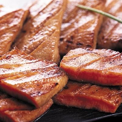 【お歳暮】[宮城・味の牛たん喜助]厚切り牛たん詰合せ1 地方の厳選うまいもの