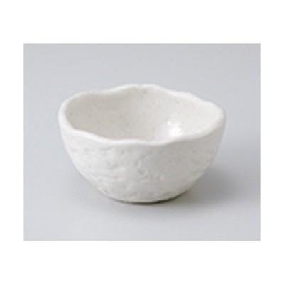 小鉢 和食器 / 白萩タタラ小鉢 寸法:10 x 5cm