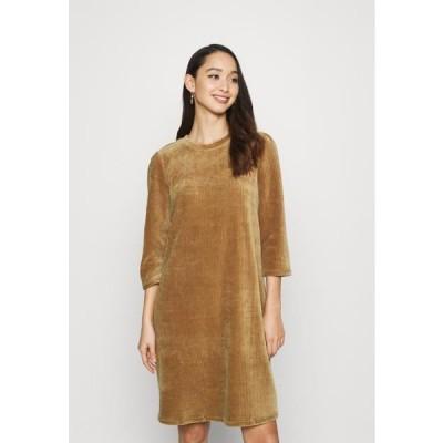 レディース ドレス ONLFENJA LIFE DRESS - Day dress - toasted coconut