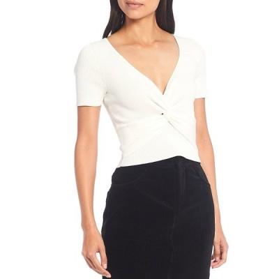 ジアーニビニ レディース Tシャツ トップス Evan Ribbed Knit V-Neck Short Sleeve Twist Front Crop Top White