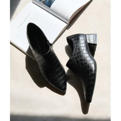 AmiAmi / 《2020年秋冬新作》ポインテッドトゥチャンキーヒールブーティ WOMEN シューズ > ブーツ
