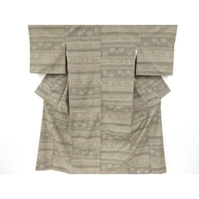 リサイクル 横段に花唐草模様織り出し手織り紬着物
