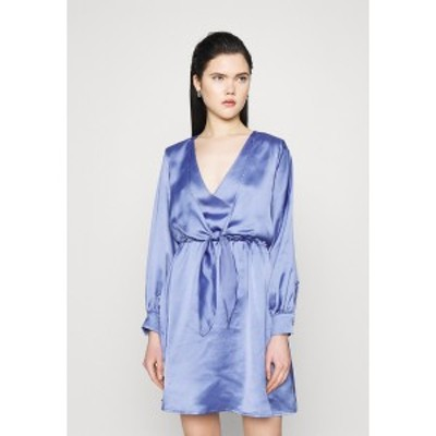 ヌー イン レディース ワンピース トップス FRONT KNOT FLOWY MINI DRESS - Day dress - blue blue