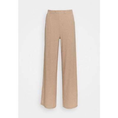 クリーム レディース ファッション CRMEISA PANTS - Trousers - camel