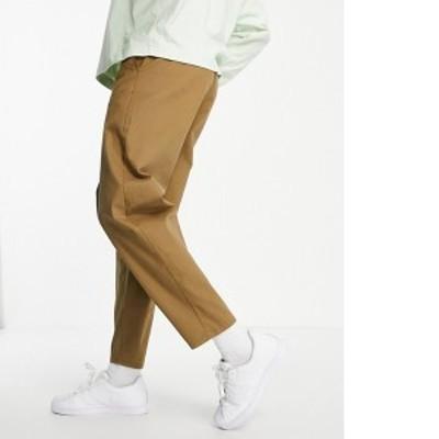 エイソス メンズ カジュアルパンツ ボトムス ASOS DESIGN oversized tapered fit chinos in brown Brown