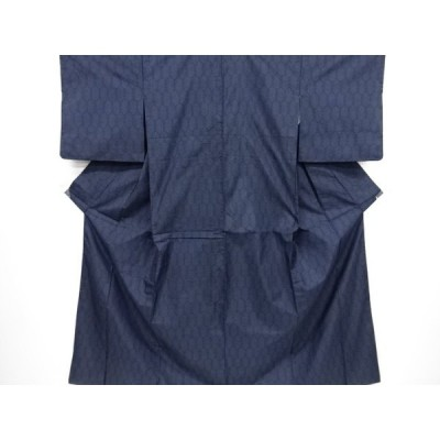 宗sou 亀甲模様織り出し本場泥大島紬着物(5マルキ)【リサイクル】【着】