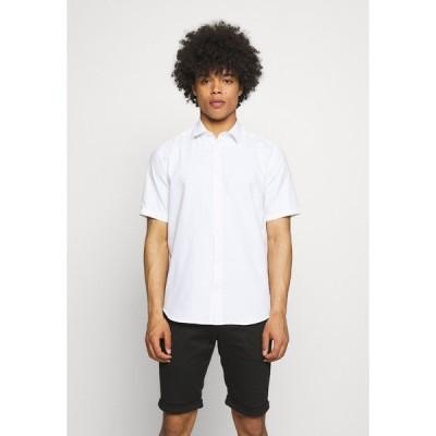 オンリーアンドサンズ シャツ メンズ トップス ONSTRAVIS SOLID SHIRT - Shirt - bright white