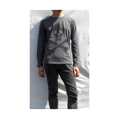 ( 送料無料 ) dial9up モザイクスカル ボディから浮き出てるようなティスト デザイン ロングスリーブ Tシャツ