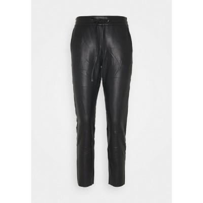 カフェ カジュアルパンツ レディース ボトムス KAVILLA PANTS  - Trousers - black deep