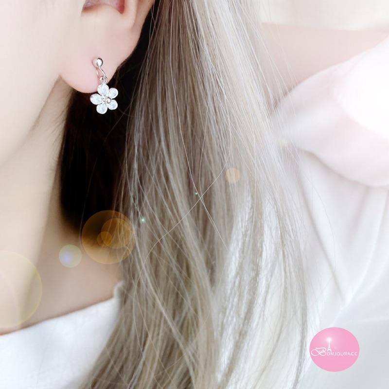 韓國小垂墜浪漫花樣 耳環 925銀針 夾式 針式【Bonjouracc】