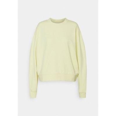 ウィークデイ パーカー・スウェットシャツ レディース アウター HUGE CROPPED - Sweatshirt - light yellow