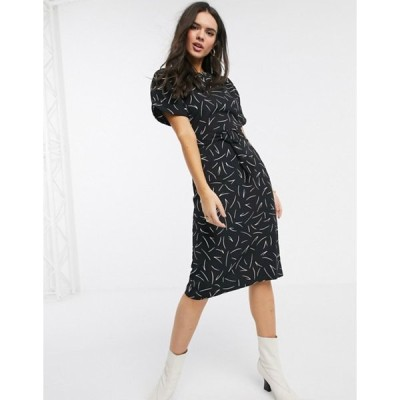 ウエアハウス レディース ワンピース トップス Warehouse linear print shift dress in black