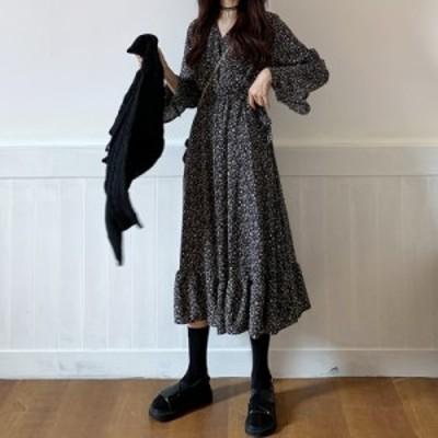 女子力上がる♪ セットアップ 小花柄 黒 ワンピース ニット トップス フローラルプリント Vネック セーター