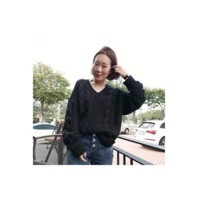 Vネックニットおしゃれシンプルデザインレディースファッションかわいい可愛い人気コーデwear.com