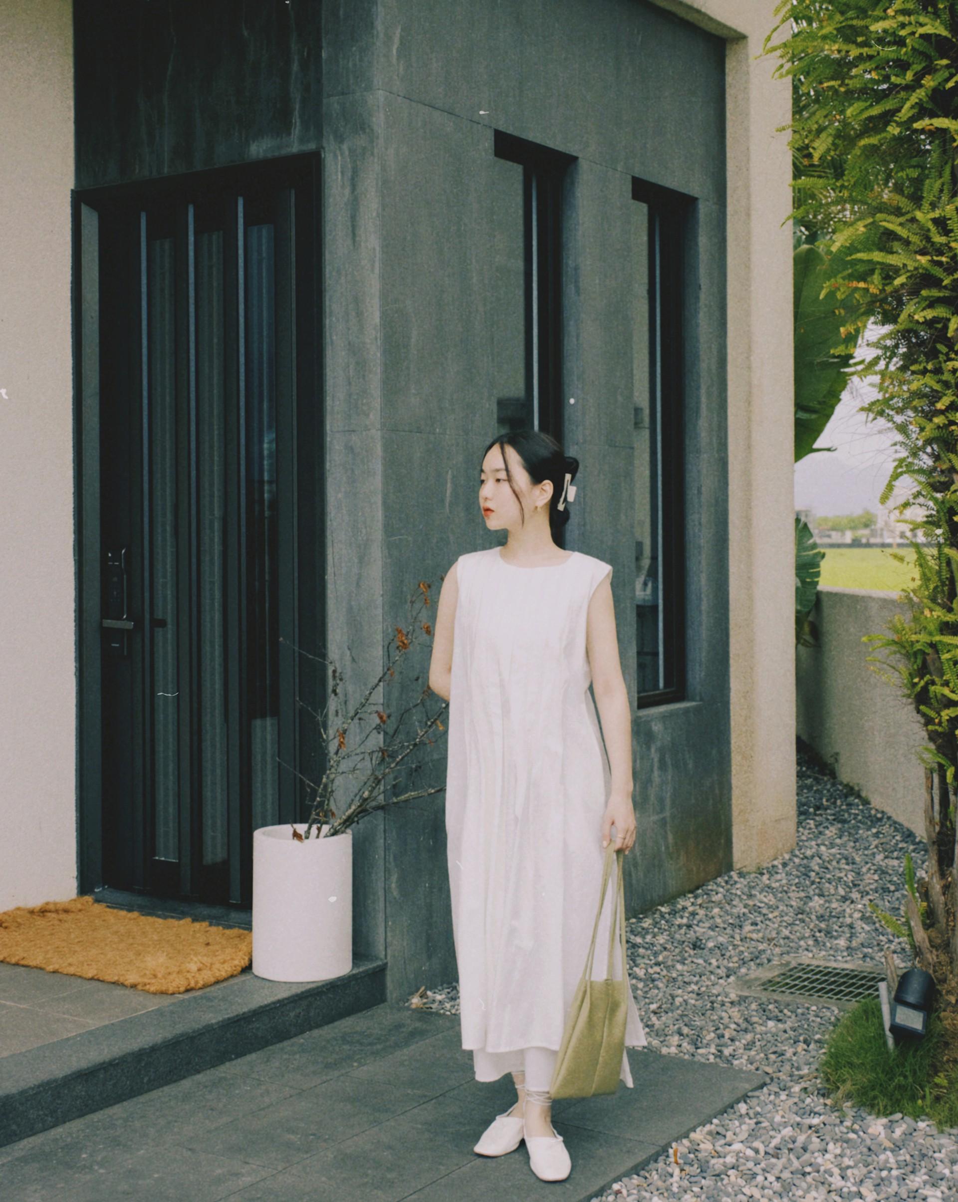 設計感雙層百褶連身洋裝-Meierq