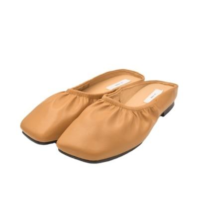 wears / 柔らかい履き心地 ソフトギャザーミュール/ スクエアトゥフラットミュール WOMEN シューズ > サンダル