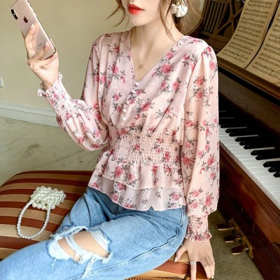 レトロなフローラルシフォンシャツ女性の秋のシャツVネックウエストスリム長袖シャツの新しい韓国版