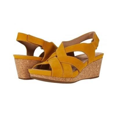 Clarks クラークス レディース 女性用 シューズ 靴 ヒール Un Capri Step - Yellow Nubuck