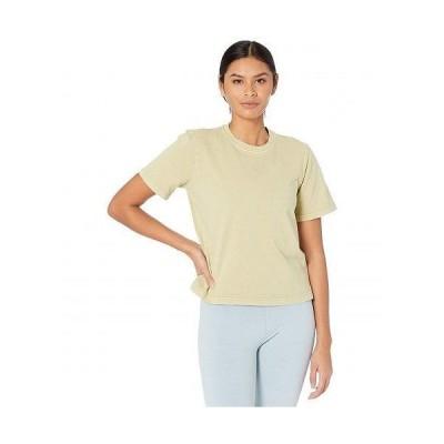 Reebok リーボック レディース 女性用 ファッション Tシャツ Classics Natural Dye Tee - Harmony Green