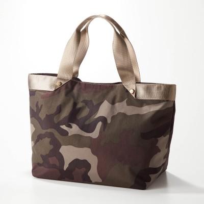 迷彩柄ナイロン使いシンプルトートバッグ(クーコ/COOCO)