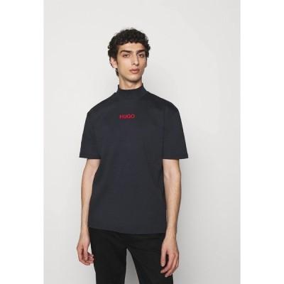 フューゴ Tシャツ メンズ トップス DAKAYO - Print T-shirt - dark blue