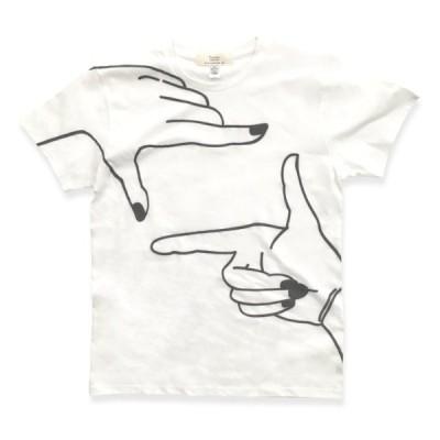 手を大きくプリントしたTシャツ : TS-607