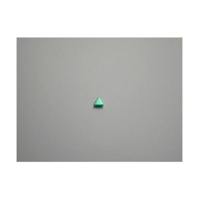 新潟 燕三条 純チタンピアス 片耳 トライアングル グリーン緑  金属アレルギーの方も安心