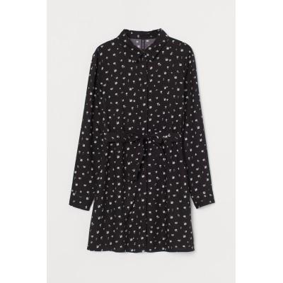 H&M - ベルテッドシャツドレス - ブラック