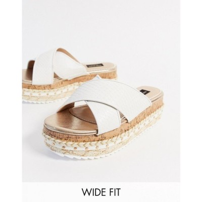 リバーアイランド River Island レディース サンダル・ミュール シューズ・靴 Wide Fit croc detail cross over flatform sandal in white ホワイト