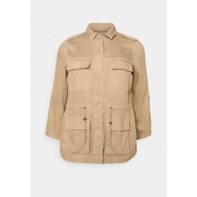 オンリー カルマコマ ジャケット&ブルゾン レディース アウター CARKENYA LIFE UTILITY JACKET - Summer jacket - khaki