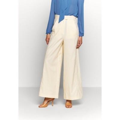 アイビー アンド オーク カジュアルパンツ レディース ボトムス SUPER FLARED PANTS MAXI - Trousers - lemon cream