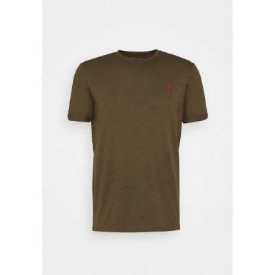 ピアワン Tシャツ メンズ トップス Print T-shirt - olive
