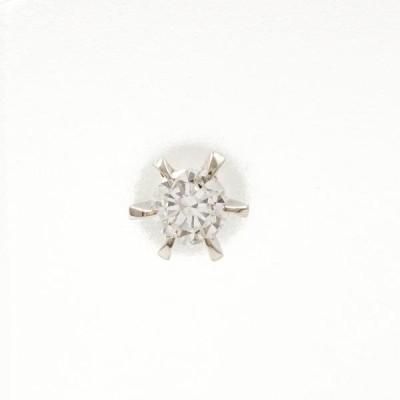 ピアス PT900 プラチナ (片耳) ダイヤ 総重量約0.3g