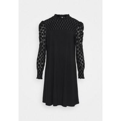 ウォリス  レディース ワンピース トップス SPOT SHIRRED YOKE DRESS - Day dress - black black