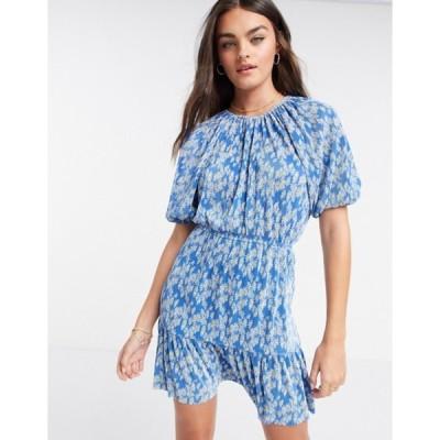 エイソス レディース ワンピース トップス ASOS DESIGN plisse mini tiered dress in blue daisy print