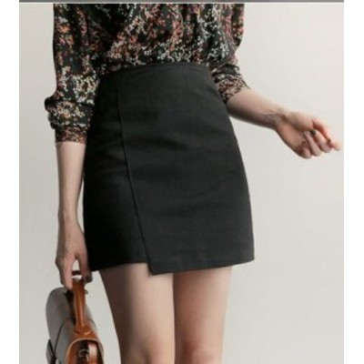 軽やかに揺れるアンバランス丈で美女感仕上げ ミニスカート