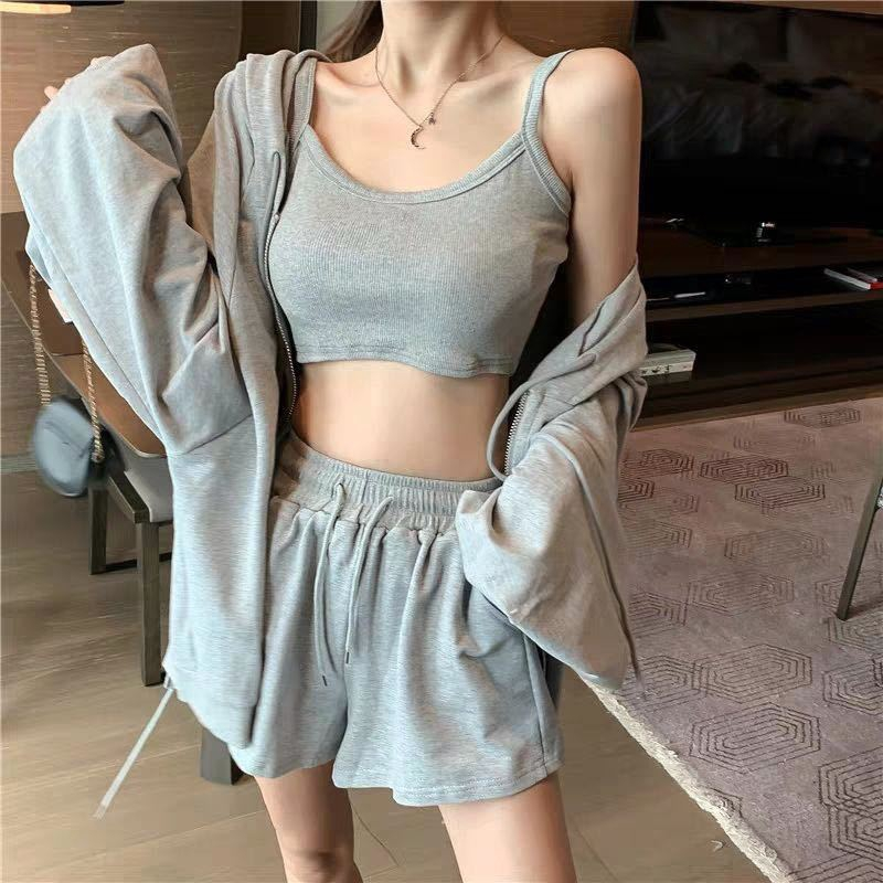 女生短袖套裝 運動套裝 休閒套裝 夏季新款網紅白色運動套裝女背心+外套+短褲時尚港味三件式潮
