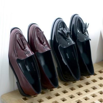 ローファー レディースシューズ タッセル フラット おじ靴 革靴 黒 赤 ブラック ワインレッド ぺたんこ ペタンコ 婦人靴 シンプル