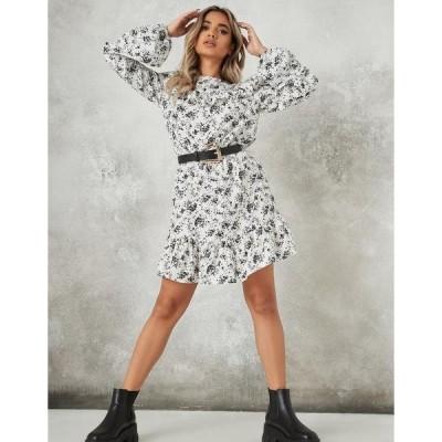 ミスガイデッド レディース ワンピース トップス Missguided long sleeve skater dress with frill neck in white floral White