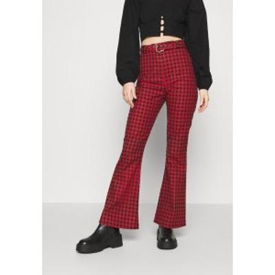 ミルクイット レディース カジュアルパンツ ボトムス GINGHAM FLARES BUCKLE BELT - Trousers - red/black red/black