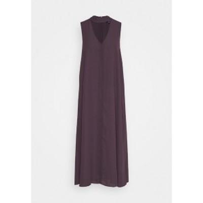 フー ワット ウェア レディース ワンピース トップス CUTOUT VNECK DRESS - Day dress - dark plum dark plum