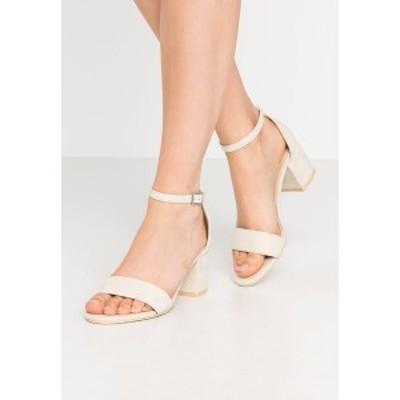 ニリーバイネリー レディース サンダル シューズ LOW BLOCK  - High heeled sandals - beige beige