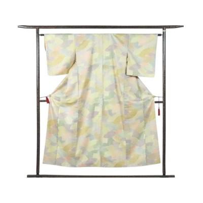 リサイクル着物 小紋 正絹大島紬生地使用薄黄色地袷小紋着物