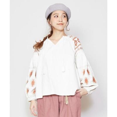 【チャイハネ】ネイティブ柄刺繍ボリューム袖トップス ホワイト
