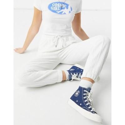 ベルシュカ レディース カジュアルパンツ ボトムス Bershka waffle sweatpants in white