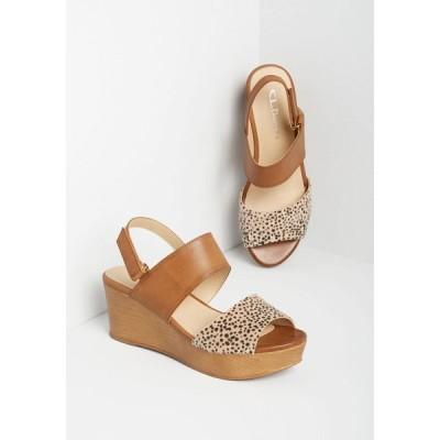 レディース サンダル・ミュール ウェッジソール シューズ・靴 anywhere you jaunt wedge sandal camel cheetah