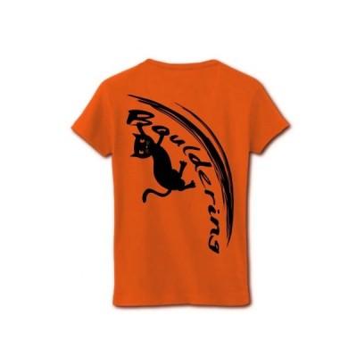 ボルダリングをする黒猫(背面) リブクルーネックTシャツ(オレンジ)