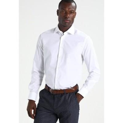 トミー ヒルフィガー シャツ メンズ トップス FITTED - Formal shirt - white