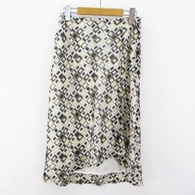 【中古】ヨンドシー 4℃ 膝丈 フレア スカート 38 ベージュ系 総柄 裏地 日本製 レディース