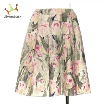 トゥービーシック スカート サイズ38 M レディース - アイボリー×ピンク×マルチ ひざ丈/花柄 新着 20210222